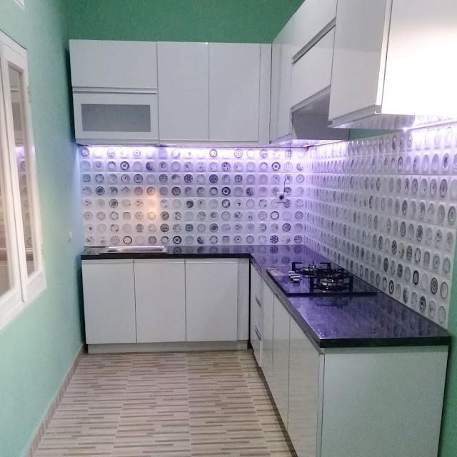 Jasa Kitchen Set Kayu Sidoarjo