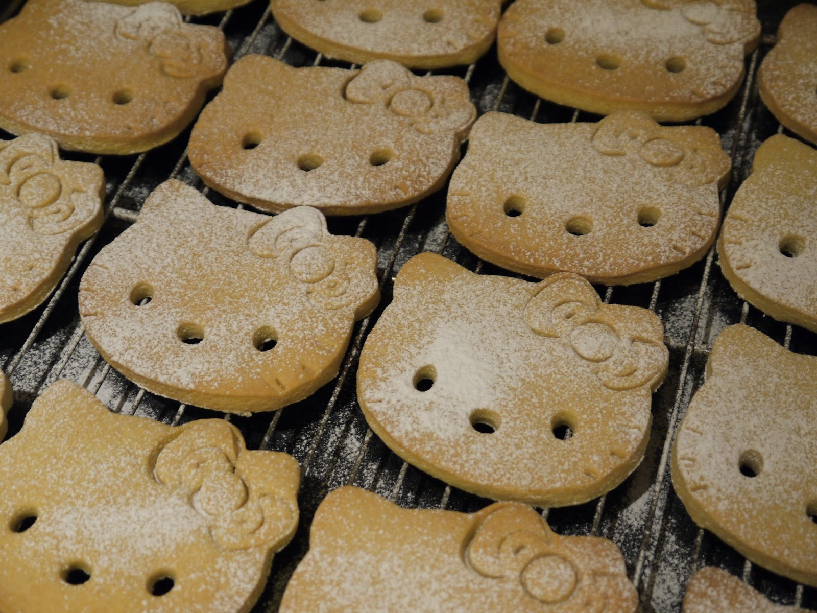 e44624c4e BAKING: Hello Kitty Biscuits | One Slice of Lemon