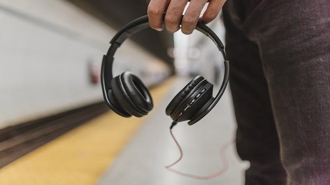 How Noise-Canceling Headphones Work?