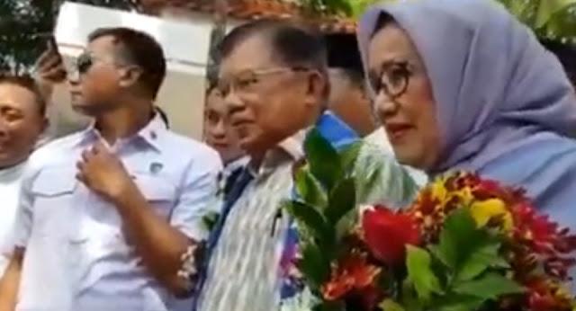 JK Pulang Kampung, Ribuan Warga Sulsel Menyambut Dengan Shalawat Badar