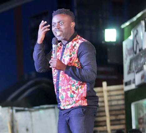 COmedian  KObaba Jornsen fires people in key positions who act as a demi God in Port Harcourt