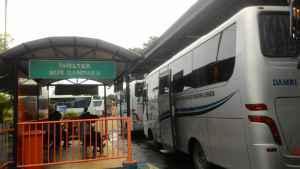 4 Kuntungan Naik Bus Damri Bandara
