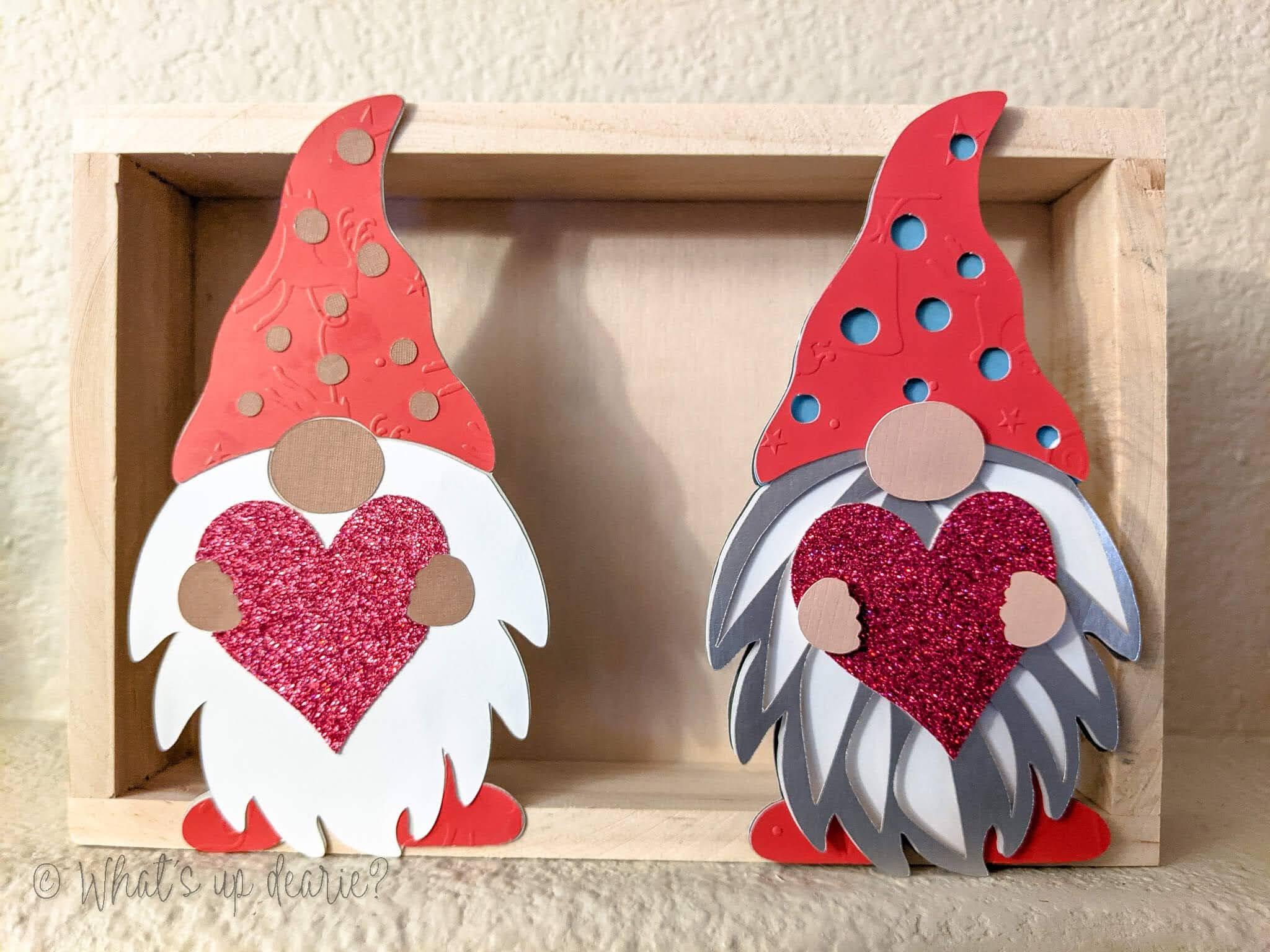 Gnome garland