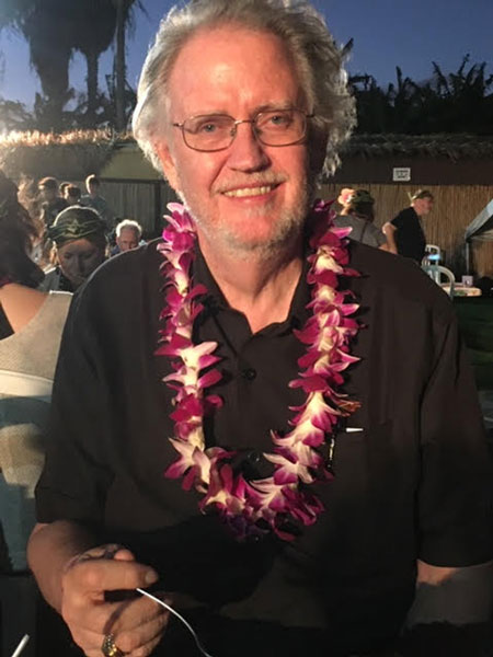 Resident Astronomer is happy and satisfied at Chiefs Luau (Source: Palmia Observatory)