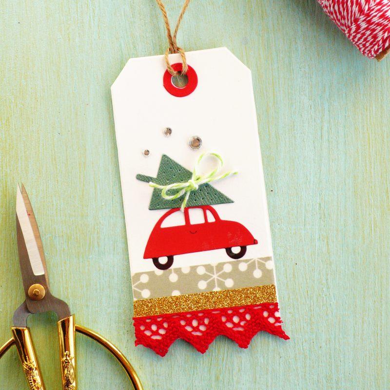 Bigliettini fai-da-te di Natale con auto e alberello