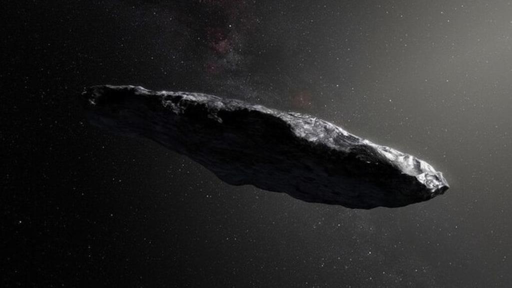 Professor de Harvard reafirma que uma nave extraterrestre já passou perto da Terra