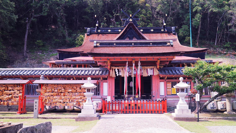 wakayama temple waterfall
