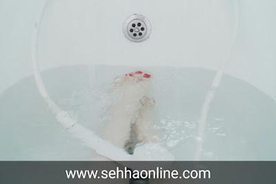 Shower, daily shower, shower damage, shower benefits,الاستحمام،الاستحمام اليومي،اضرار الاستحمام،فوائد الاستحمام،