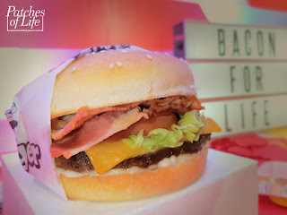 Jollibee Bacon Cheesy Deluxe Yumburger