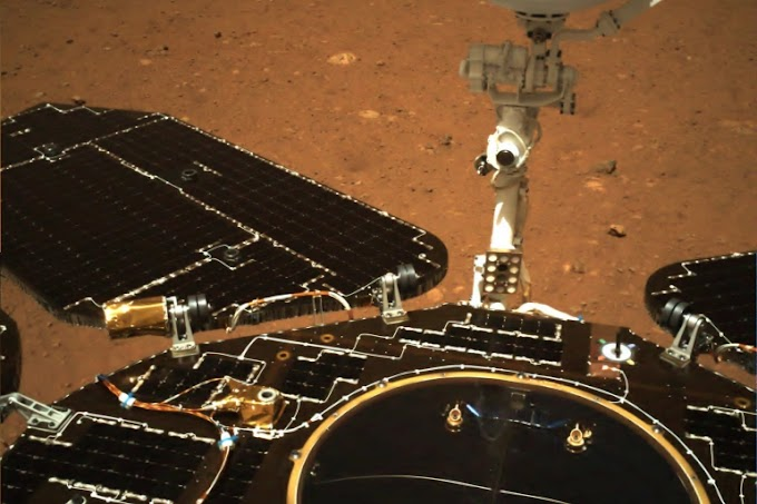 """China rover """"Zhurong"""" Sends Back First images from Mars Surface"""