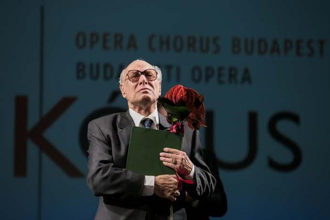Elhunyt Palcsó Sándor operaénekes