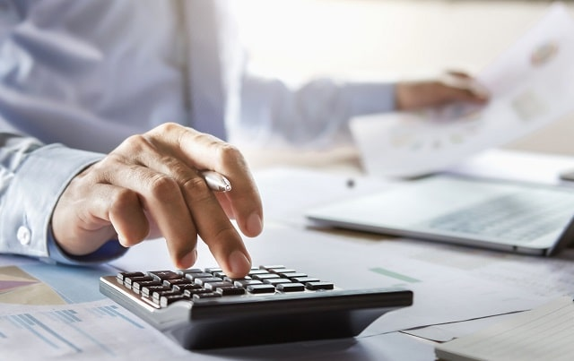 reasons hire tax expert small business accountant cpa