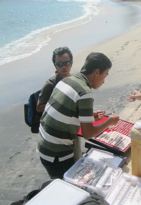 pantai senggigi lombok barat