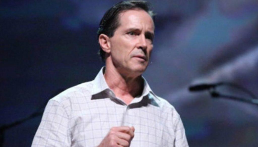 O especialista em geoengenharia e analista de controle climático, Dane Wigington, descarrega a verdadeira agenda globalista por trás da tecnologia de controle climático