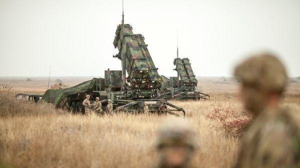 EE.UU. desplegará 3 mil tropas más en Arabia Saudita