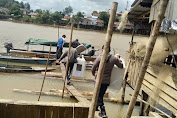 Kesigapan Polri-TNI Kawal dan Amankan Distribusi Logistik ke TPS Desa Tanjung