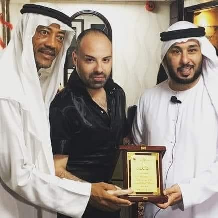 فريق طموح التطوعي يكرم النجم ماهر الشيخ ٠٠٠على تعاونهم المشترك