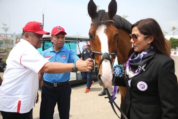 Harapan Menpora Muncul Atlet Berkuda Kelas Dunia dari Equinara Academy Pulomas