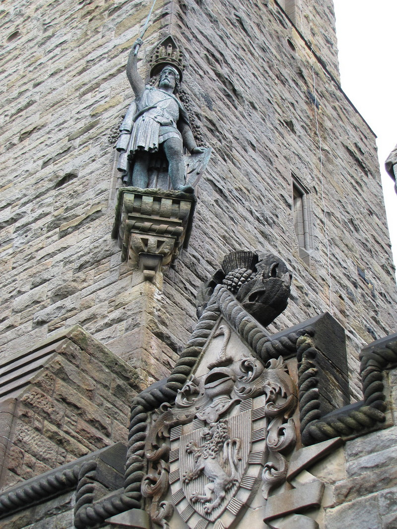 william wallace statue stirling castle, wallace monument built, monumento a william wallace, william wallace memorial glasgow, william wallace statue edinburgh, wallace statue, the wallace monument, historic scotland wallace monument, william wallace monument stirling, wallace monument stirling, wallace monument and stirling castle, stirling to wallace monument,