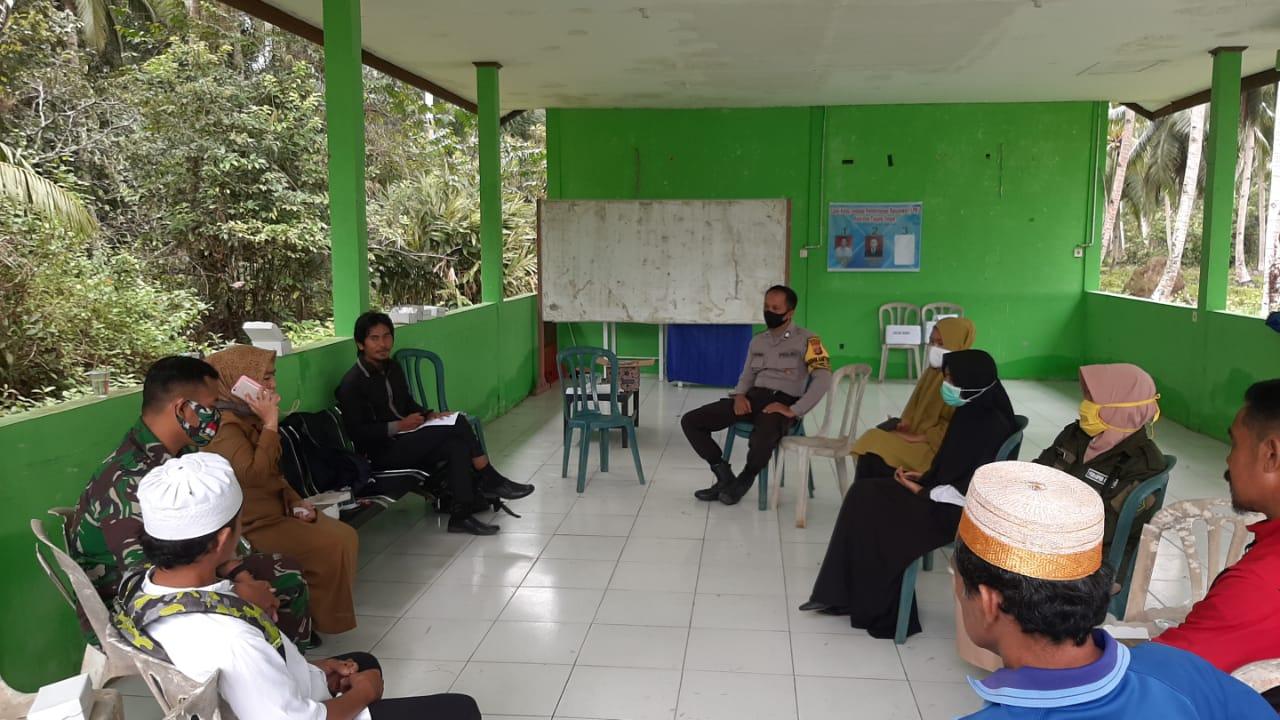 Perkuat Sinergitas Wilayah Binaan Babinsa Koramil Penajam Komsos Bersama Tiga Pilar