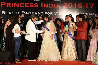 John Aham, Bhagyashree, Subhash Ghai and Amyra Dastur Attends Princess India 2016 17 063.JPG