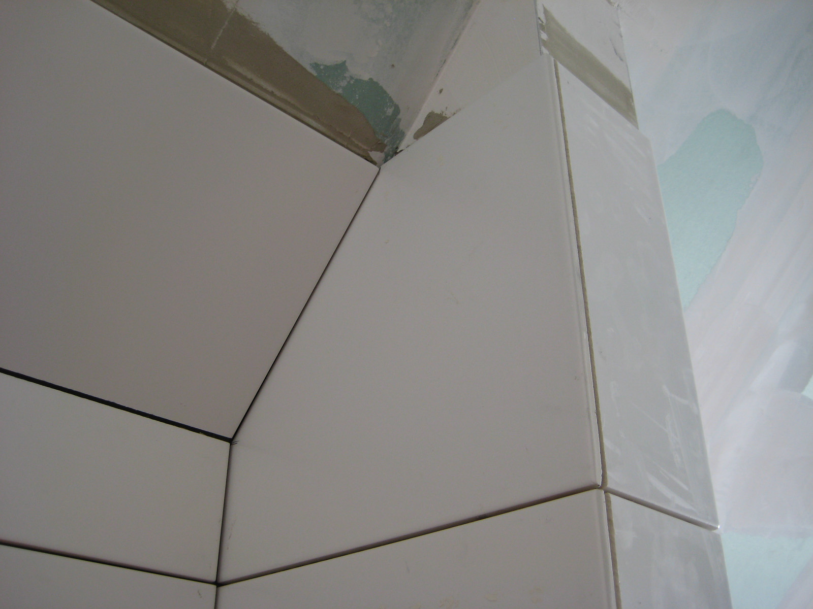 dusche bodeneben gefliest raum und m beldesign inspiration. Black Bedroom Furniture Sets. Home Design Ideas