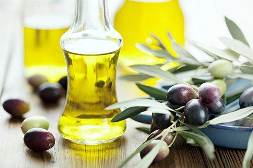 Làm trắng da với dầu oliu