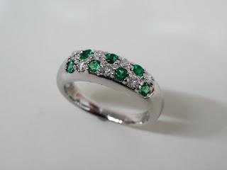 ノーブランドジュエリー プラチナ900製 エメラルドダイヤモンドリングをお買い取り致しました