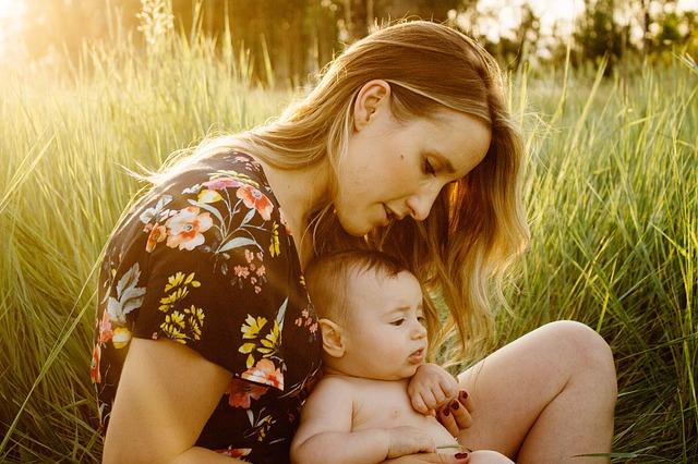 Jadwal Pemberian Asi Pada Bayi Usia 0-6 Bulan