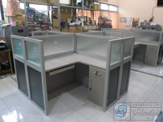 Meja Partisi Kantor 4 Staff + Furniture Semarang