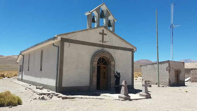Heute standen gleich zwei Sonntagsgottesdienste in den Andendörfern an