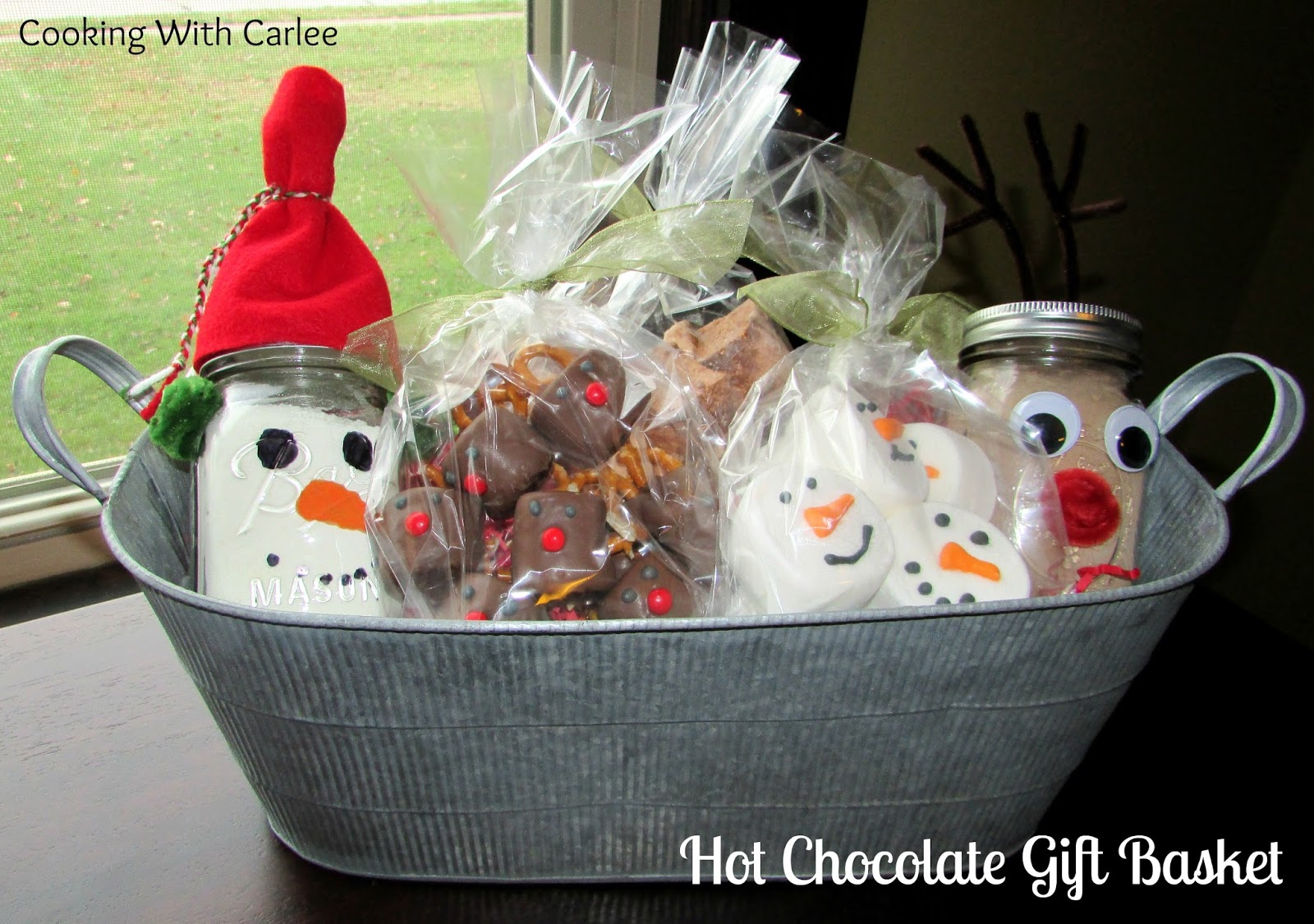 Cooking With Carlee: Hot Chocolate Gift Basket