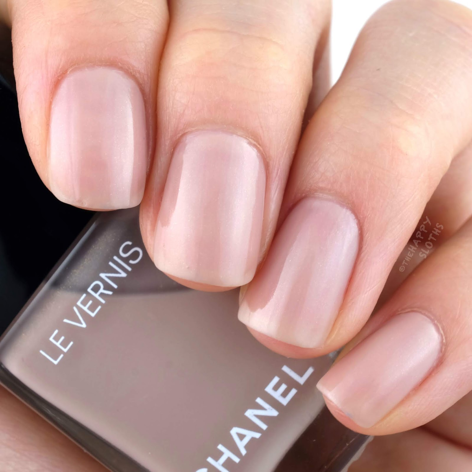 "Chanel Cruise Collection 2019 | Le Vernis in ""703 Afterglow"": Review and Swatches"
