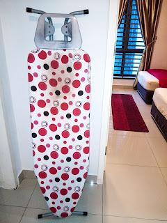 Warih-Homestay-Ironing-Board-Sebelum