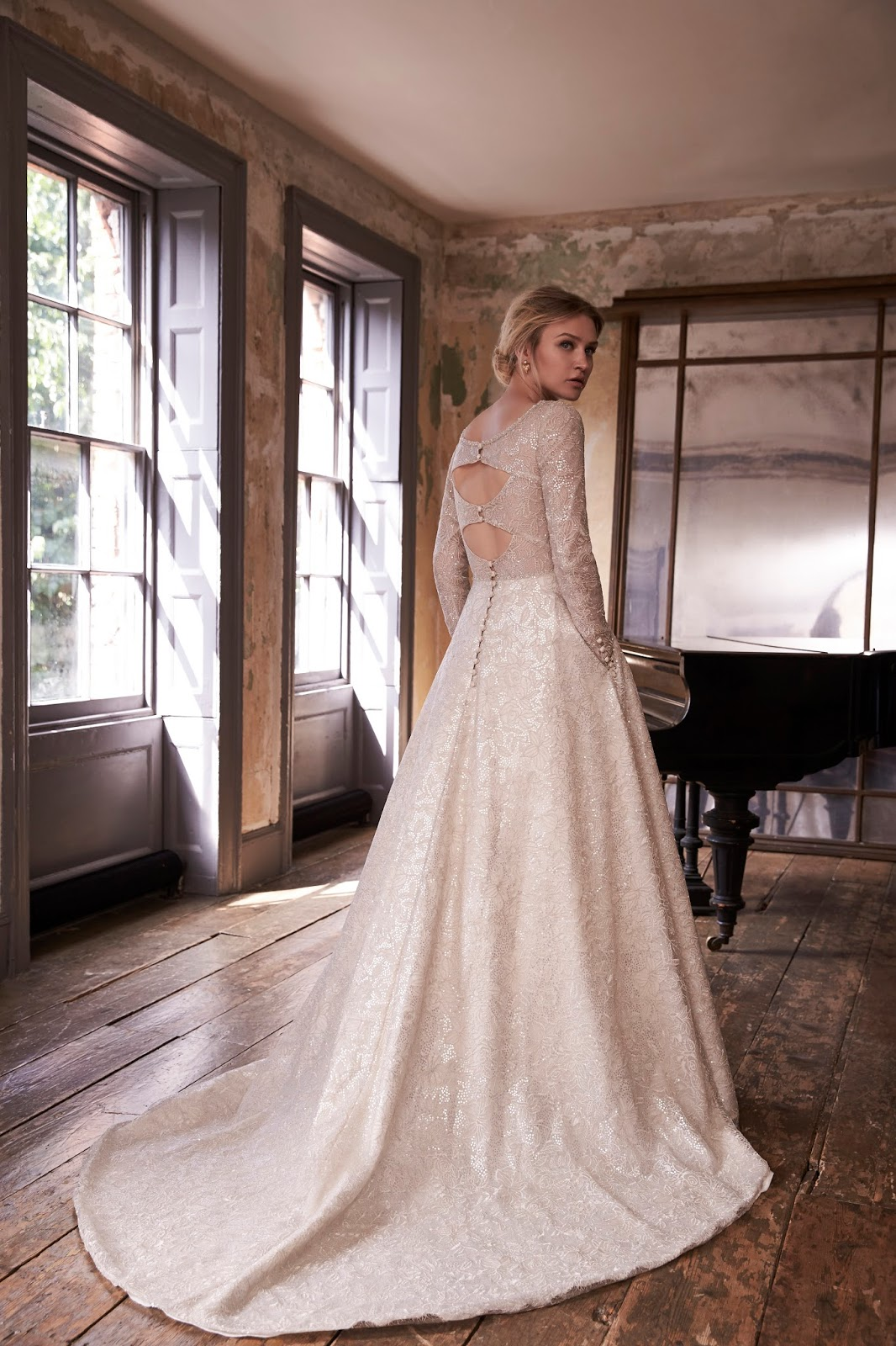 729e24210b The Sassi Holford ethos is to create an apparent effortless style,  empowering confidence and making the bride feel their most beautiful.""