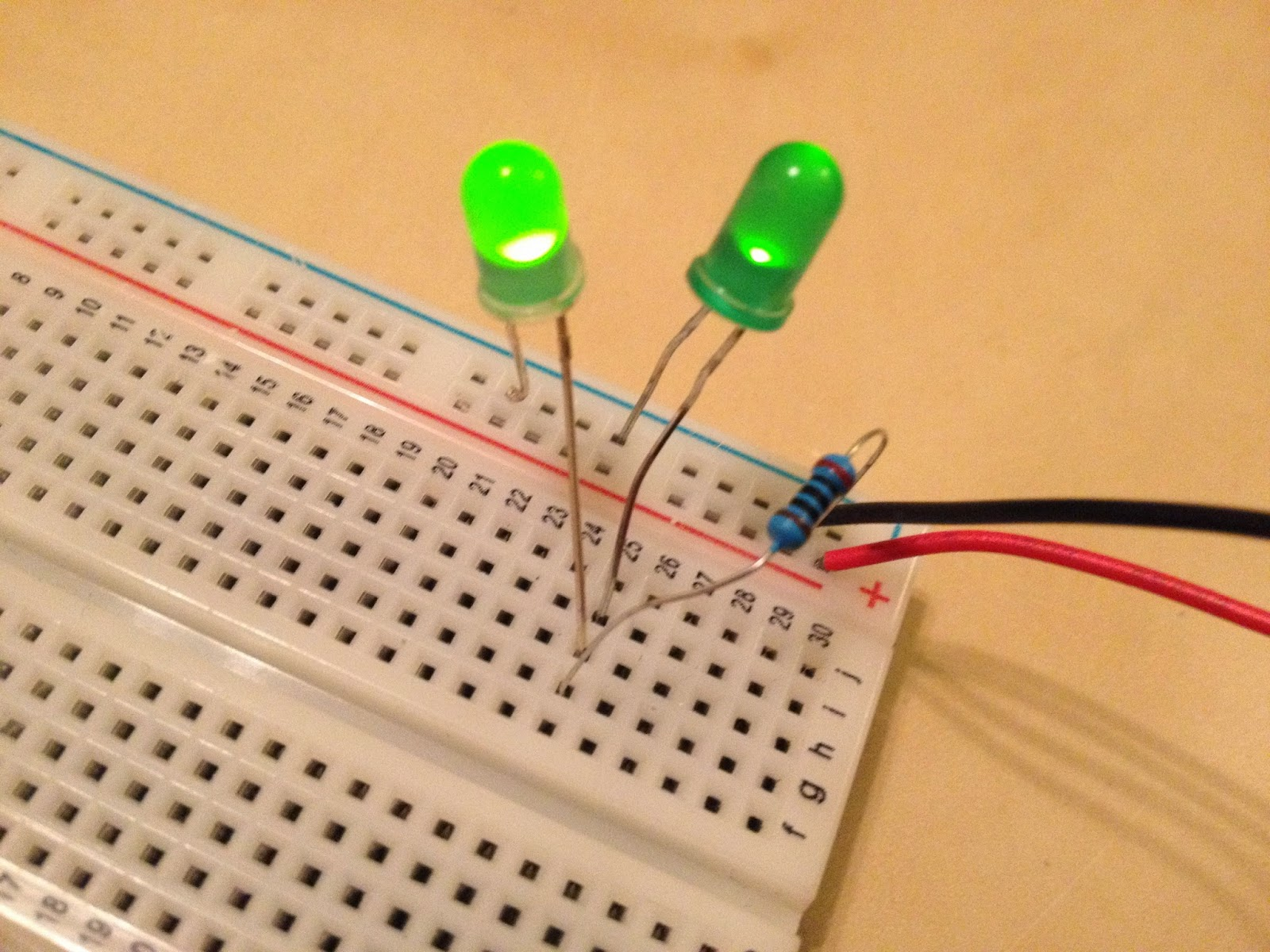 Raser Week 1 Led Circuits Makeloft This Is The Resistor Calculator For Leds In Parallel Called Putting You Can Try One After Next Series But That Keeps Battery From Being Able To Light