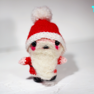 Santa claus amigurumi free crochet pattern