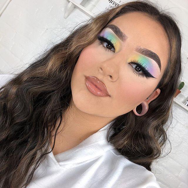 Maquiagem sombra fluorescente colorida