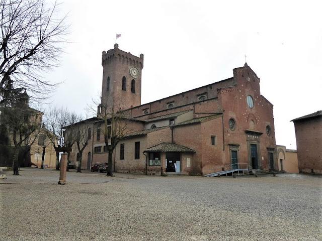facciata e torre campanaria duomo di san miniato