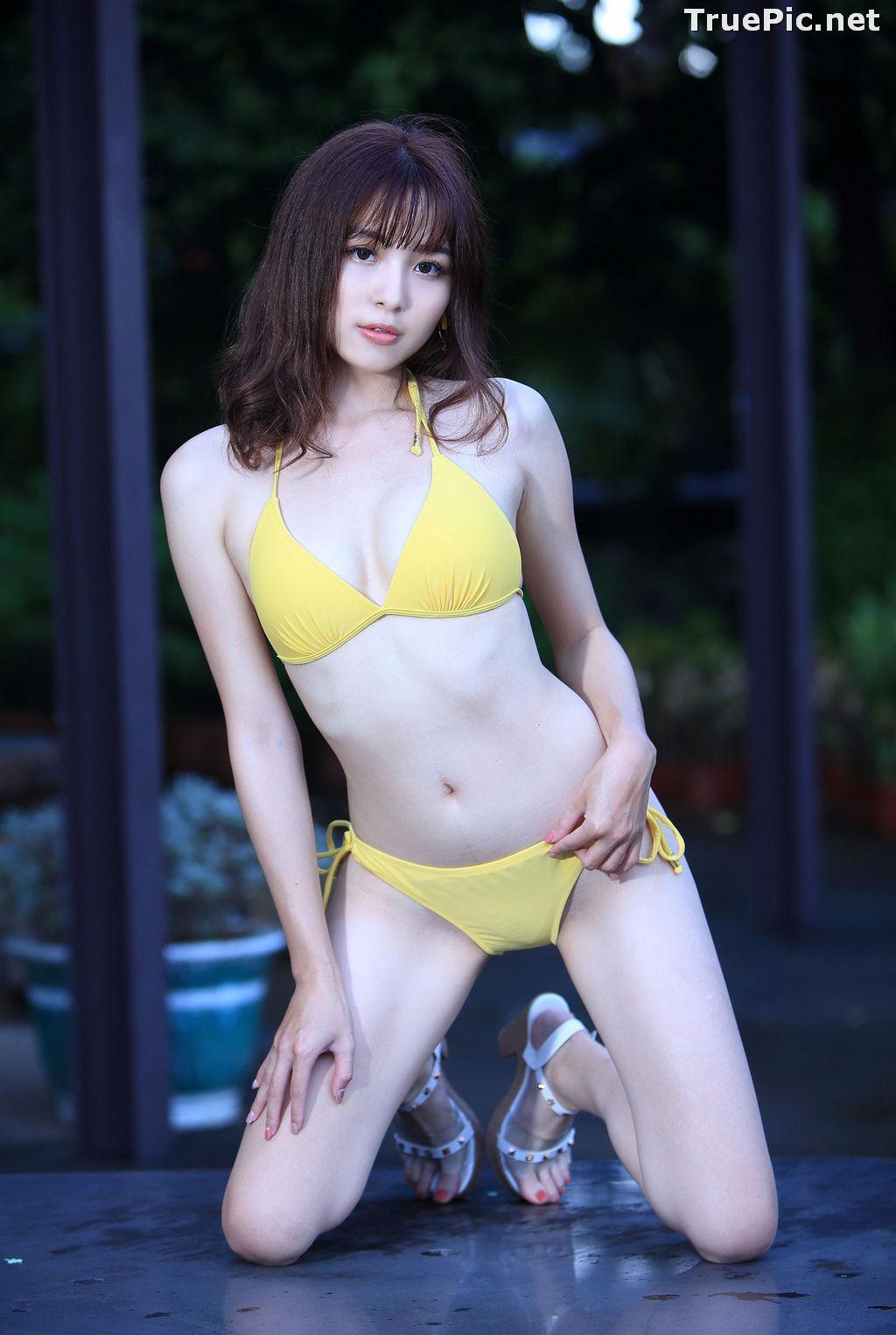 Image Taiwanese Model - Ash Ley - Yellow Bikini at Taipei Water Museum - TruePic.net - Picture-15
