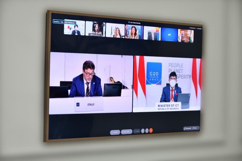 Sampaikan Praktik Inovasi G-20, Menteri Johnny paparkan Inovasi 6 Pilar Smart City