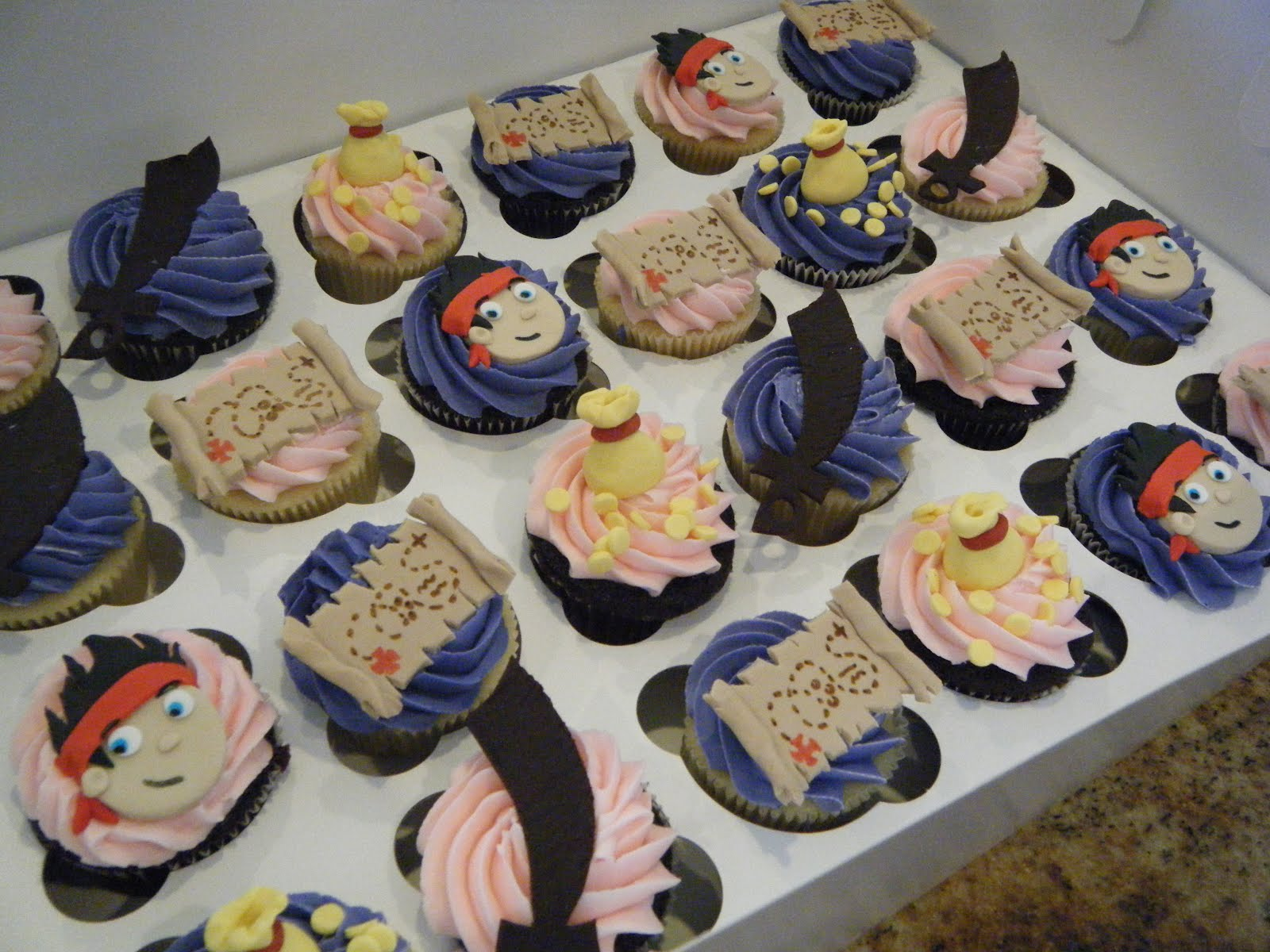 jake and the neverland pirates cupcakes - photo #16