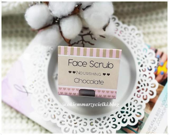 Odżywczy peeling do twarzy i ust o zapachu czekolady| Face Scrub Chocolate, Nacomi-recenzja #79