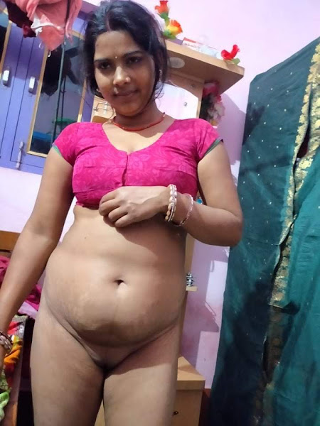 Sexy Bhabhi Nude Photos
