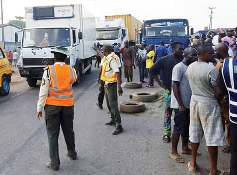BLOODY SATURDAY: Six Killed In Lagos-Ibadan Expressway Accident