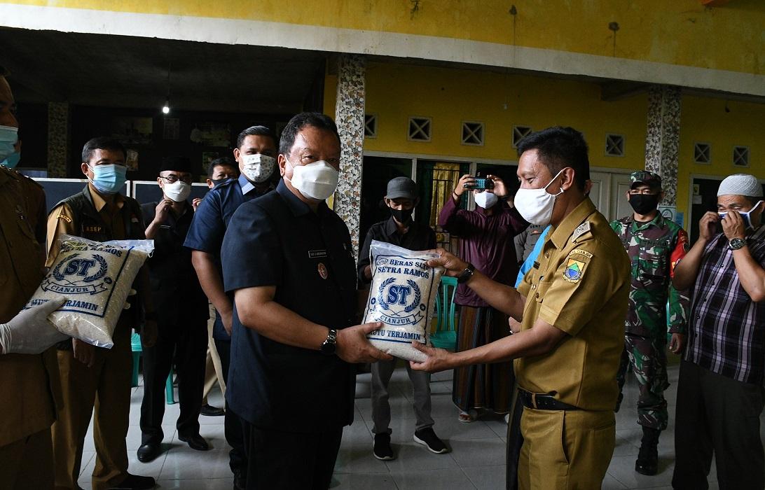 Pjs. Bupati Cianjur Kunjungi Pondok Pesantren Darul Palah Al-Muiz di Cilaku