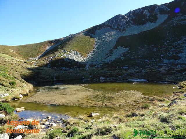 Ruta al Cornón por el Valle los Cereizales: Laguna de Fontarente.