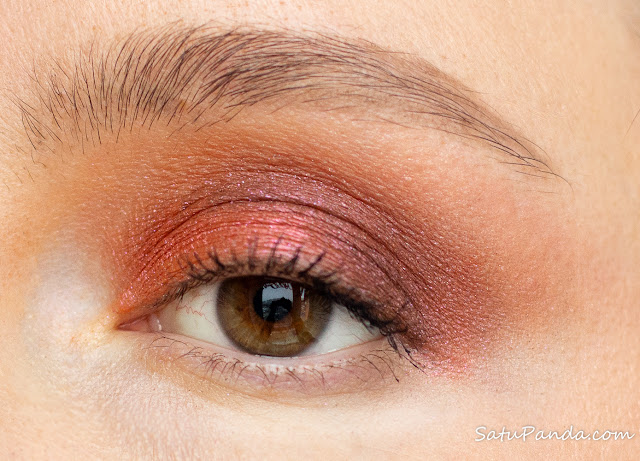 DOMINQUE COSMETICS  CELESTIAL THUNDER Eye Shadow Palette свотчи