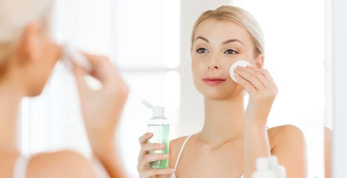 Toner giúp cung cấp độ ẩm cho da