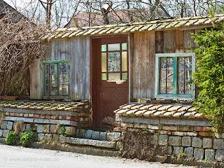 bad im landhausstil mosaik ~ kreative bilder für zu hause design